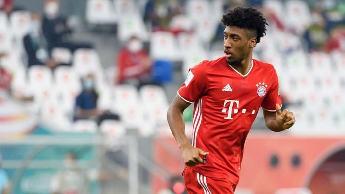 DOHA, QATAR - FEBRUARY 11: Kingsley Coman of Bayern Muenchen looks on during the finale FIFA Club World Cup Qatar 2020 match between FC Bayern Muenchen and Tigres UANL on February 11, 2021 in Doha, Qatar. (Photo by Gaston Szerman/DeFodi Images/Getty Images)