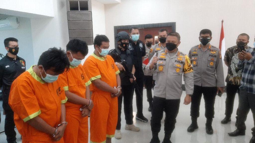 Potret 3 Pelaku Teror Kepala Anjing-Siram Bensin ke Pejabat Riau