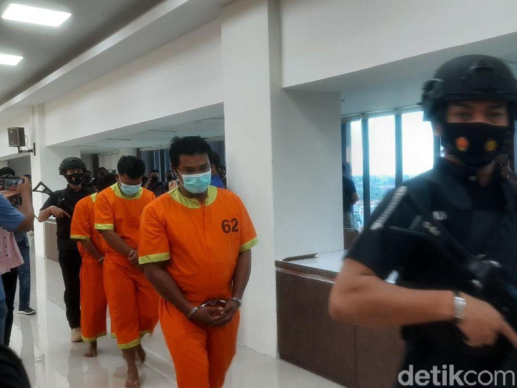 Rentetan Aksi Teror di Riau, Bom Molotov hingga Potongan Kepala Anjing