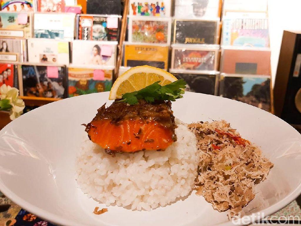 SUBO: Menikmati Nasi Salmon Megono di Listening Bar yang Tersembunyi