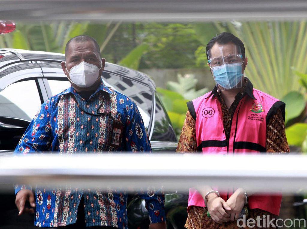 Tersangka Kasus Asabri Jimmy Sutopo Diperiksa di KPK