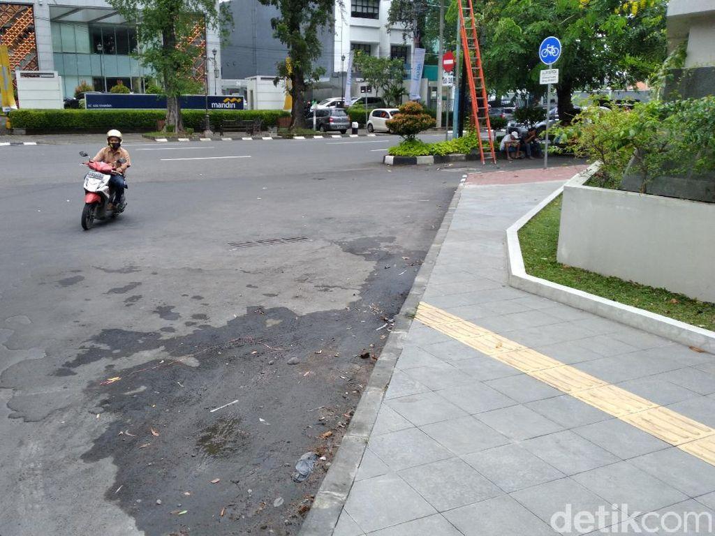 Guiding Block Tunanetra di Solo Rusak-Nabrak Tiang, Pemkot Janji Perbaiki