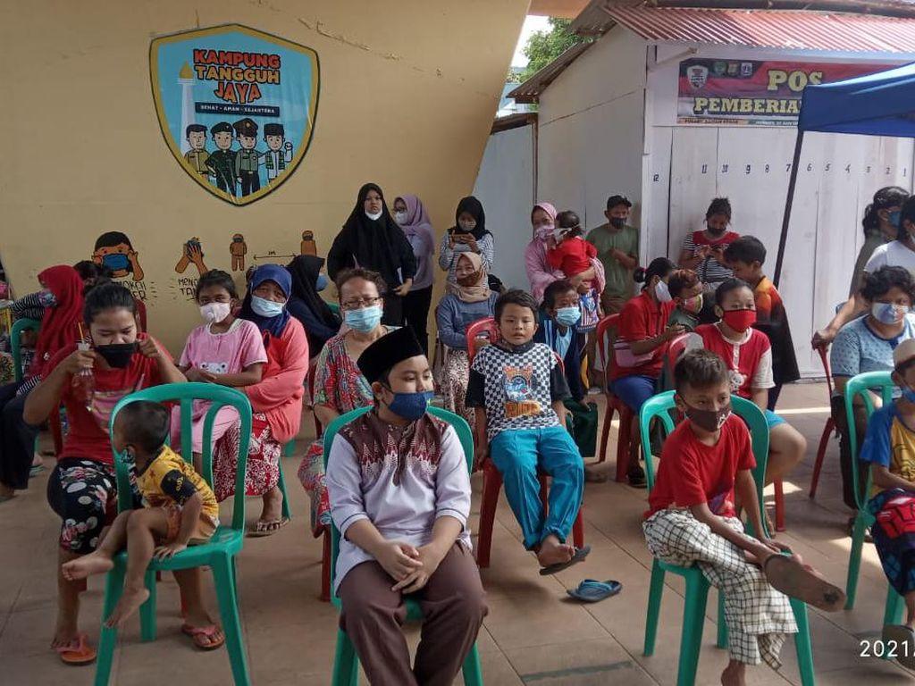 Ada Kios Sembako-Jajanan Gratis untuk Yatim di Kampung Tangguh Sawah Besar