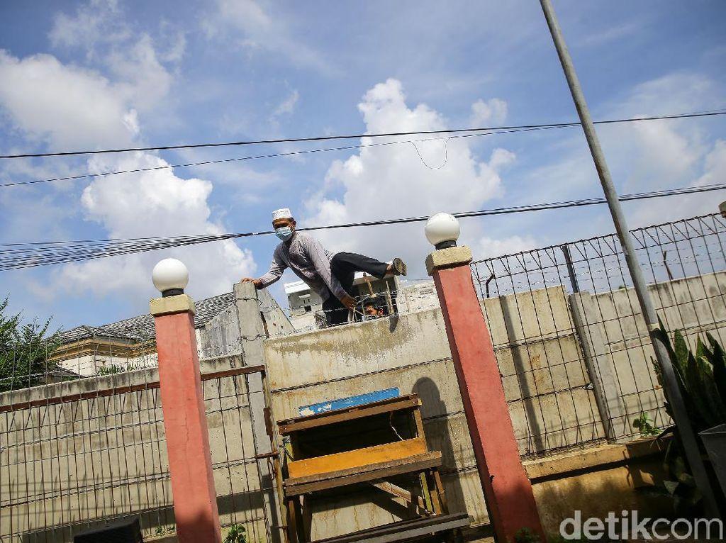 Camat Ciledug Ungkap Lahan Sengketa yang Tutup Akses Rumah Warga Jalan Umum