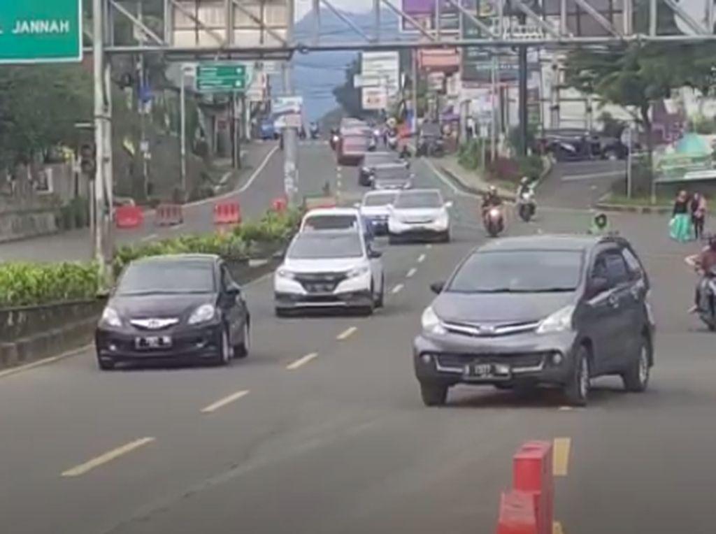 Arus Balik Kawasan Puncak Padat, Polisi Berlakukan One Way