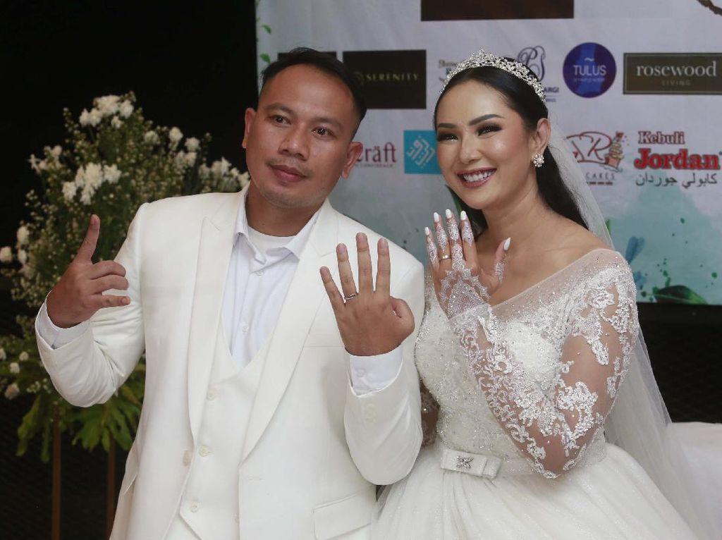 Heboh Tak Ada Buku Nikah di Pernikahan Vicky Prasetyo dan Kalina Oktarani
