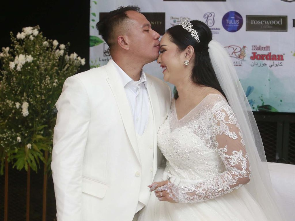 Resmi Nikah Lagi, Vicky Prasetyo Berbagi Petuah Cinta