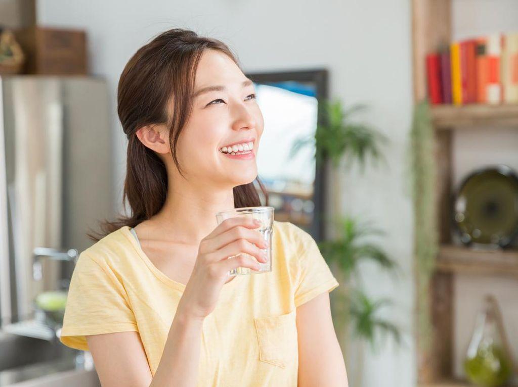 Air Putih, Susu dan Jus Buah Mampu Hilangkan Toksin dari Tubuh