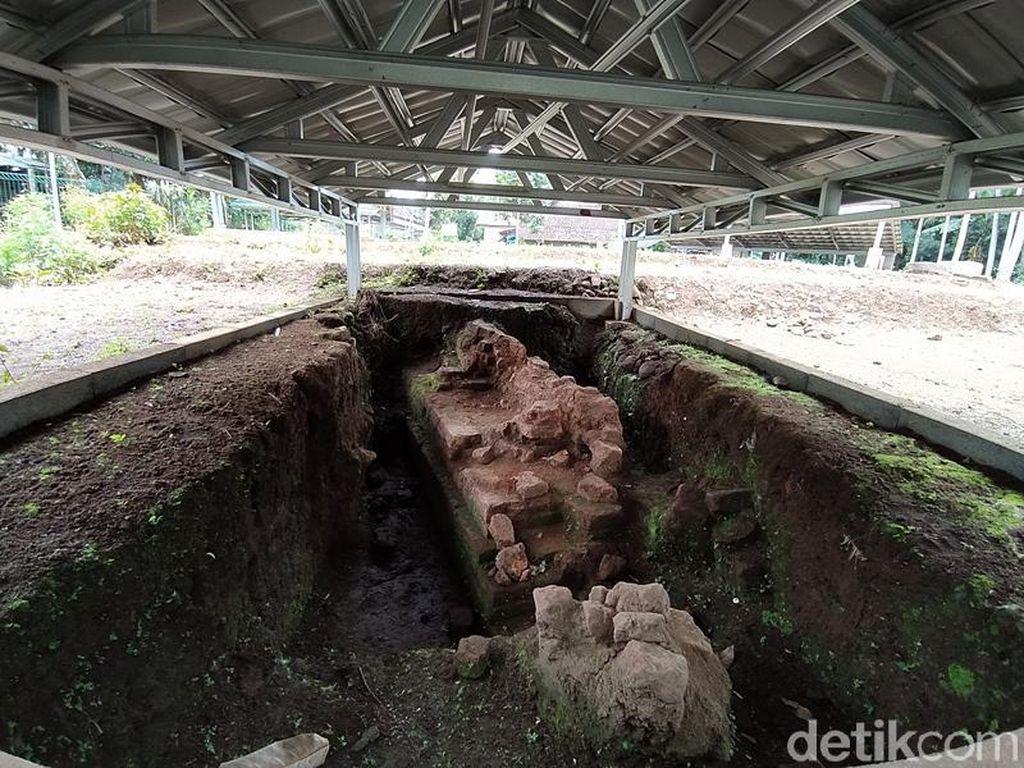Foto: Jelajahi Situs-situs di Sekitar Candi Borobudur Yuk!