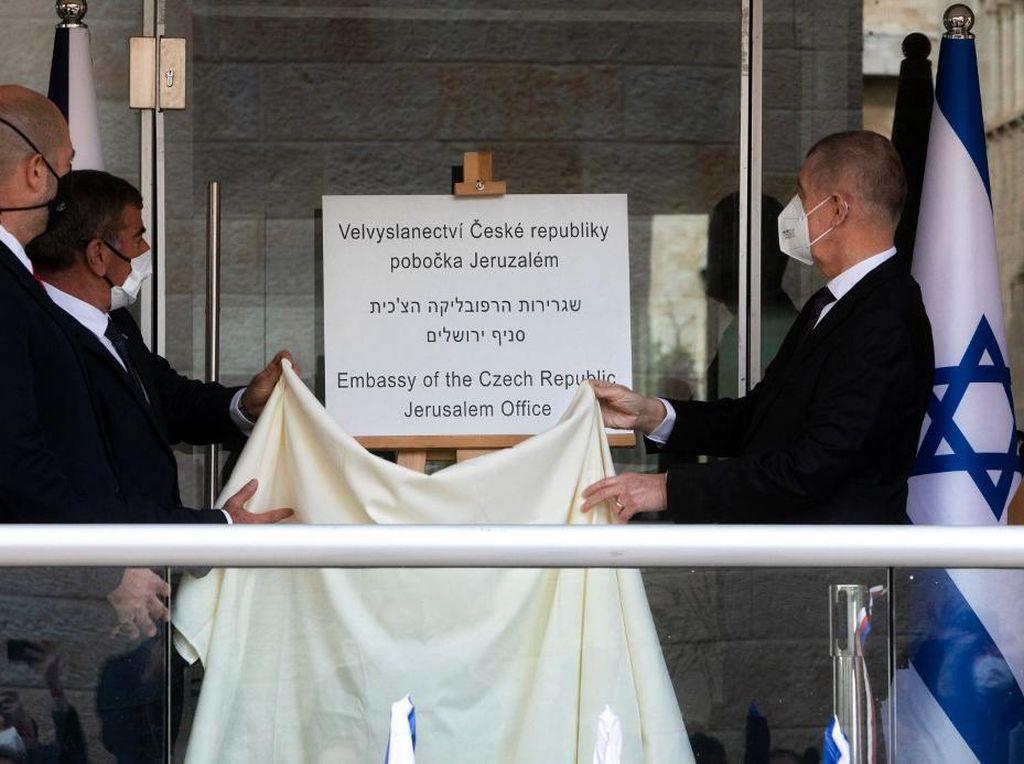 Liga Arab dan Palestina Kutuk Pembukaan Kantor Diplomatik Ceko di Yerusalem