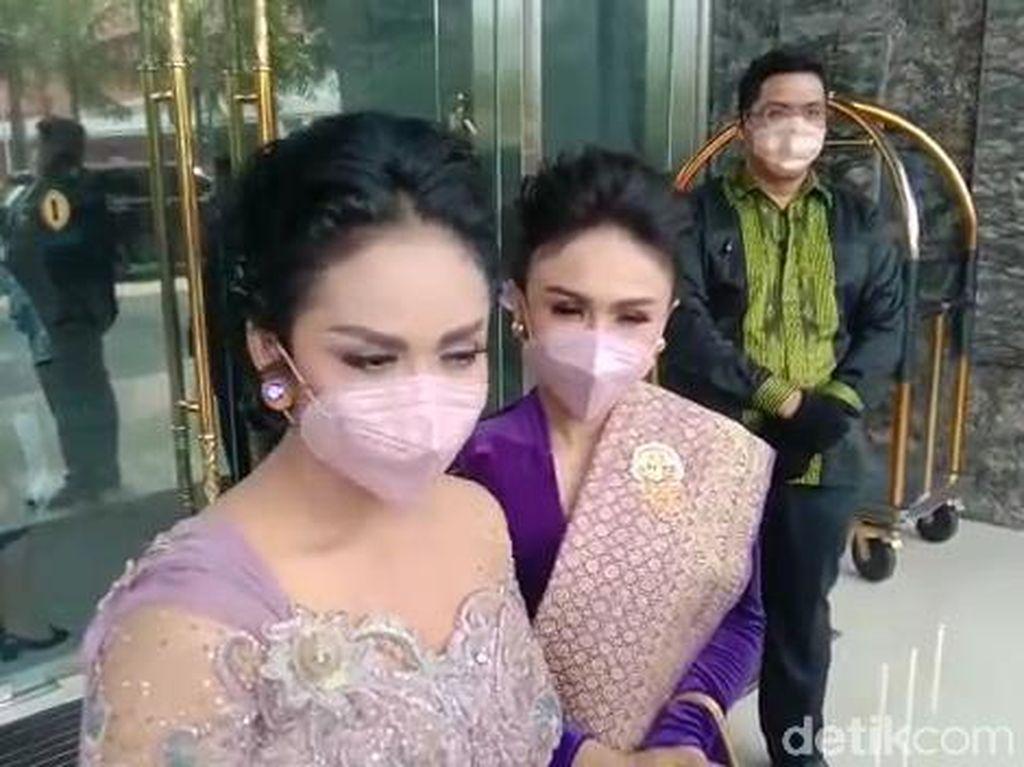 Krisdayanti Tak Masalah Ashanty Dampingi Aurel Hermansyah di Pelaminan