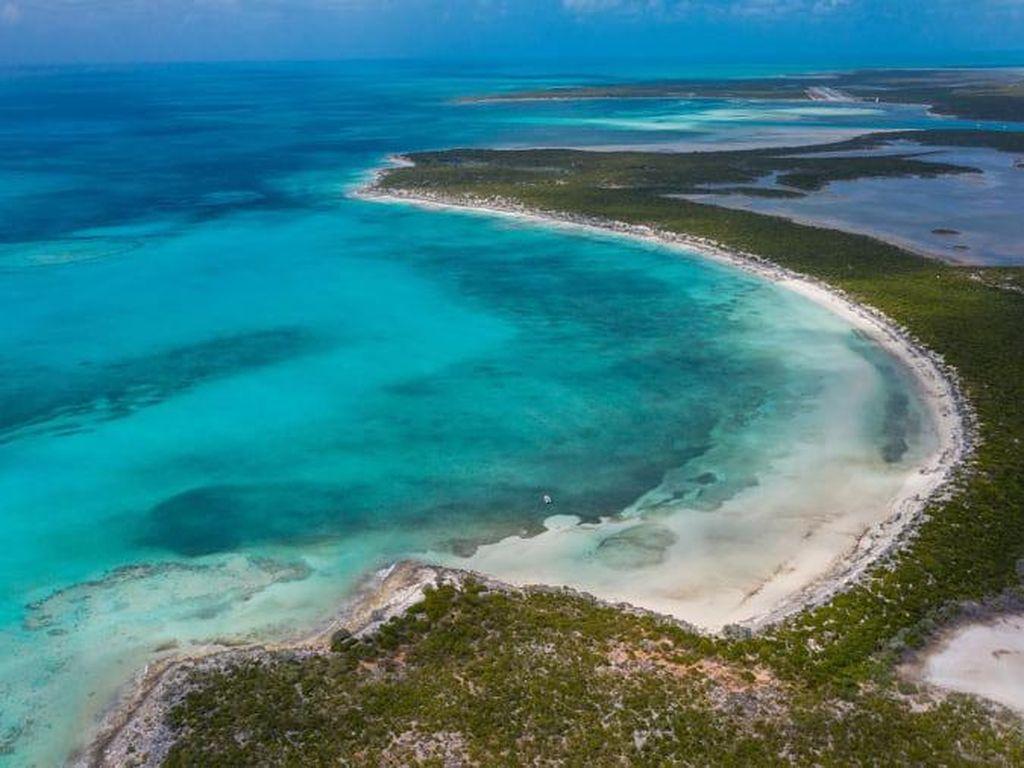 Foto Pulau Cantik di Bahama yang Dilego