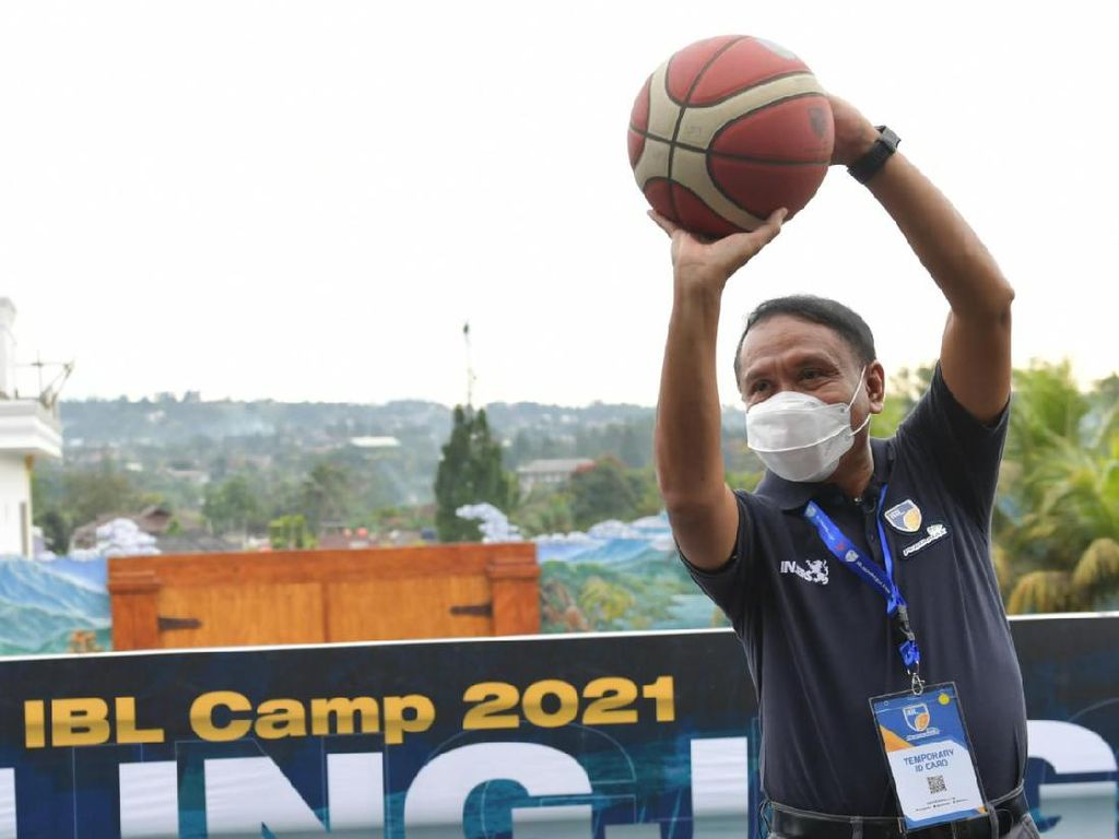 Jokowi Minta Menpora Godok Target Indonesia Tuan Rumah Olimpiade 2032