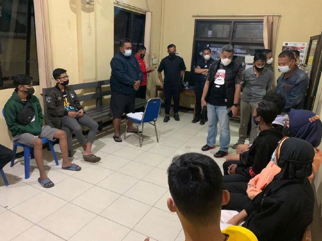 13 Pesilat di Blitar Diamankan Karena Pukul Warga dan Jarah Angkringan