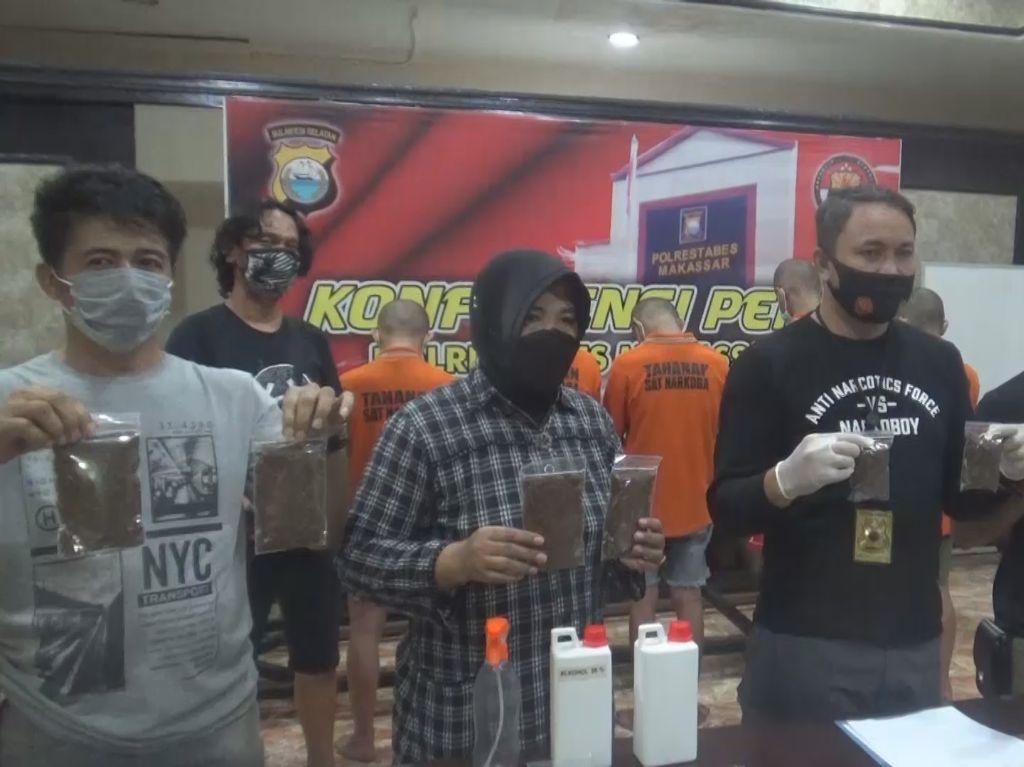 Racik Tembakau Gorila, Pelajar-Mahasiswa di Makassar Ditangkap Polisi