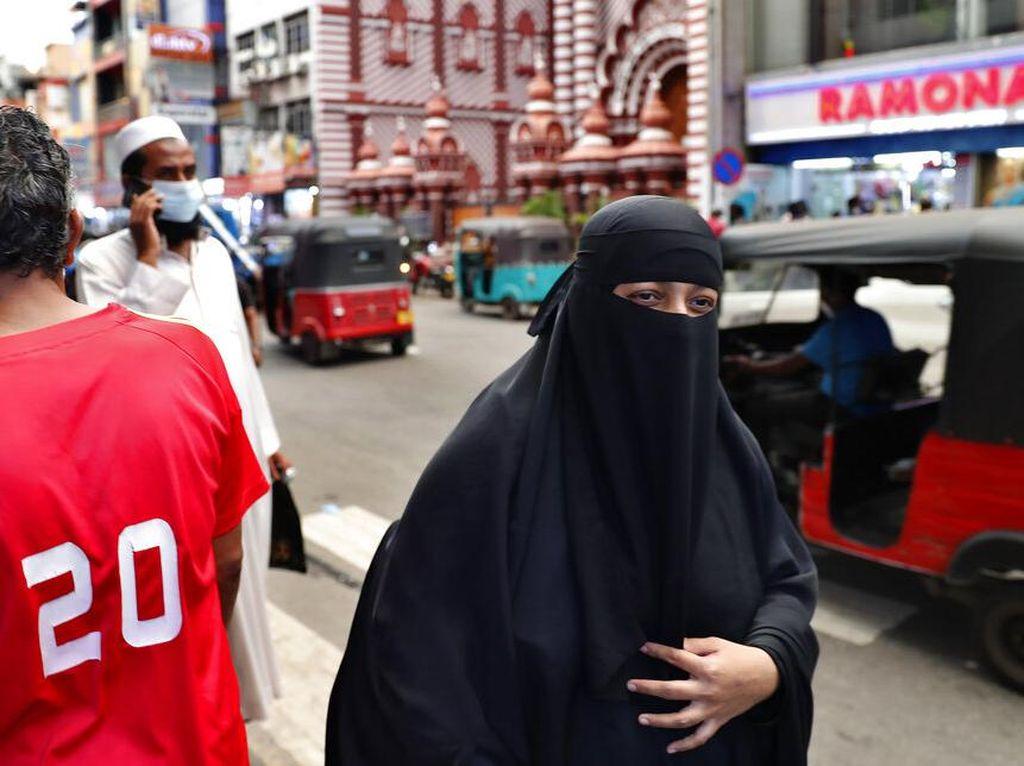 Sri Lanka Akan Larang Burkak dan Tutup Ribuan Sekolah Islam!