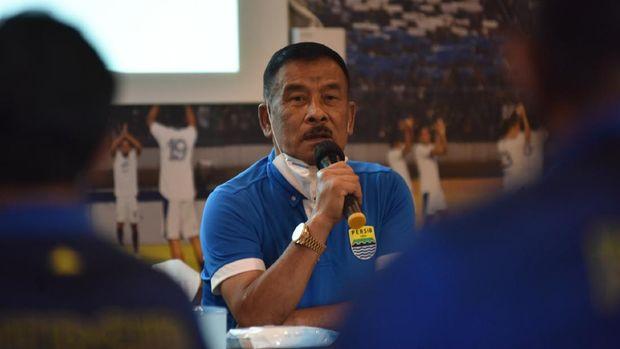 Komisaris PT Persib Bandung Bermartabat Umuh Muchtar mengucapkan rasa syukurnya di hari ulang tahun Persib Bandung.