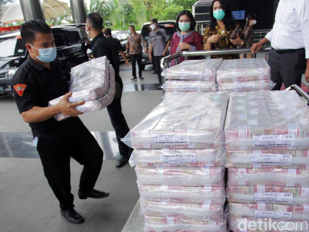 Penampakan Uang Sitaan Perkara Korupsi Ekspor Benur