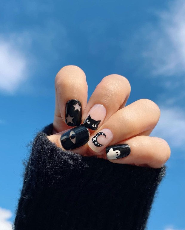 Black and White Nail Trend