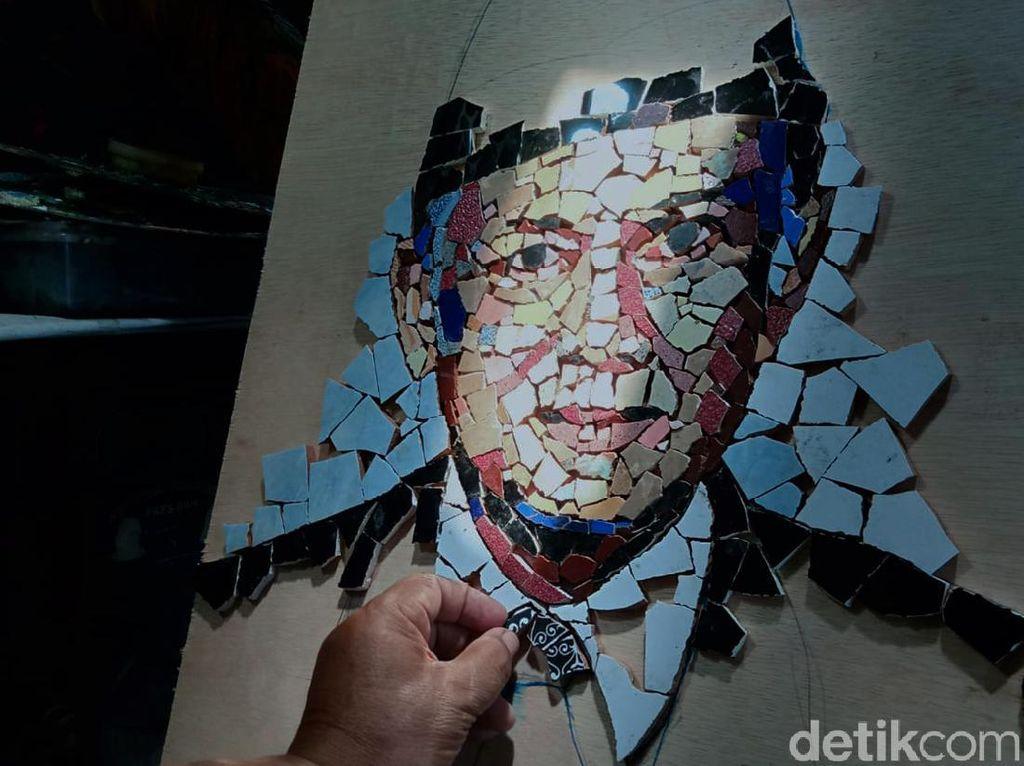 Ciamik! Keramik Bekas Disulap Jadi Mosaik Jokowi hingga SBY