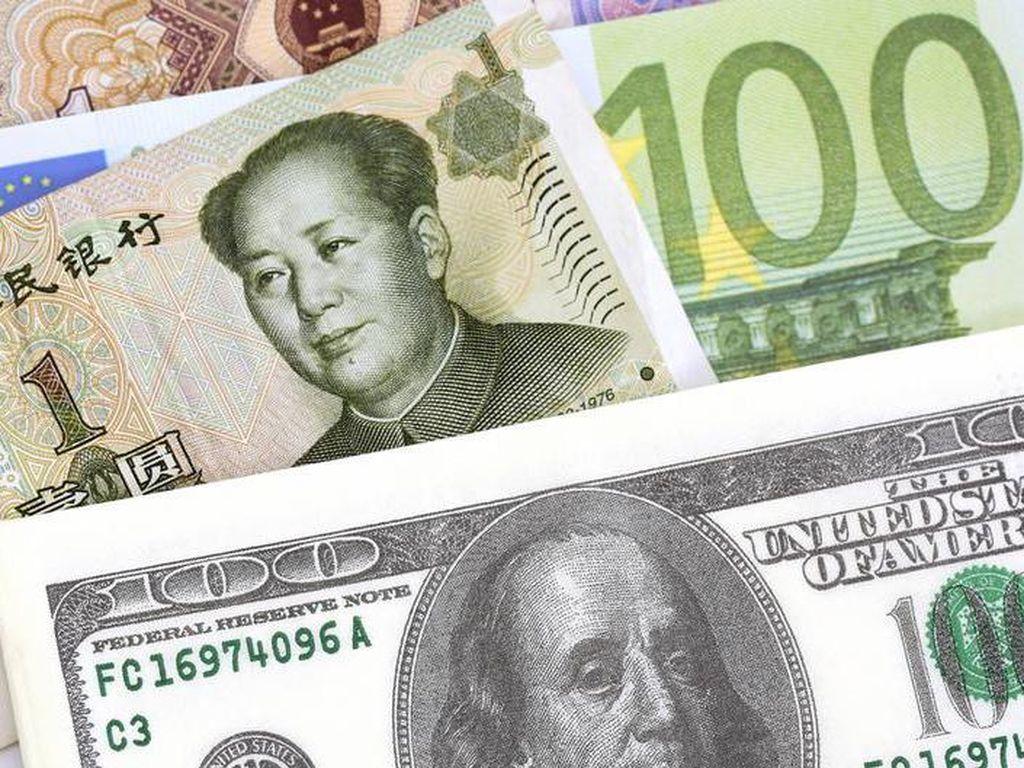 Yuan Naik Tinggi Terhadap Dolar AS, China Malah Waswas