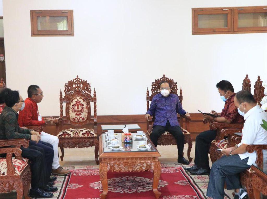 PMI Asal Bali Siap Kerja Bakal Divaksin COVID, Target 26 Ribu Orang