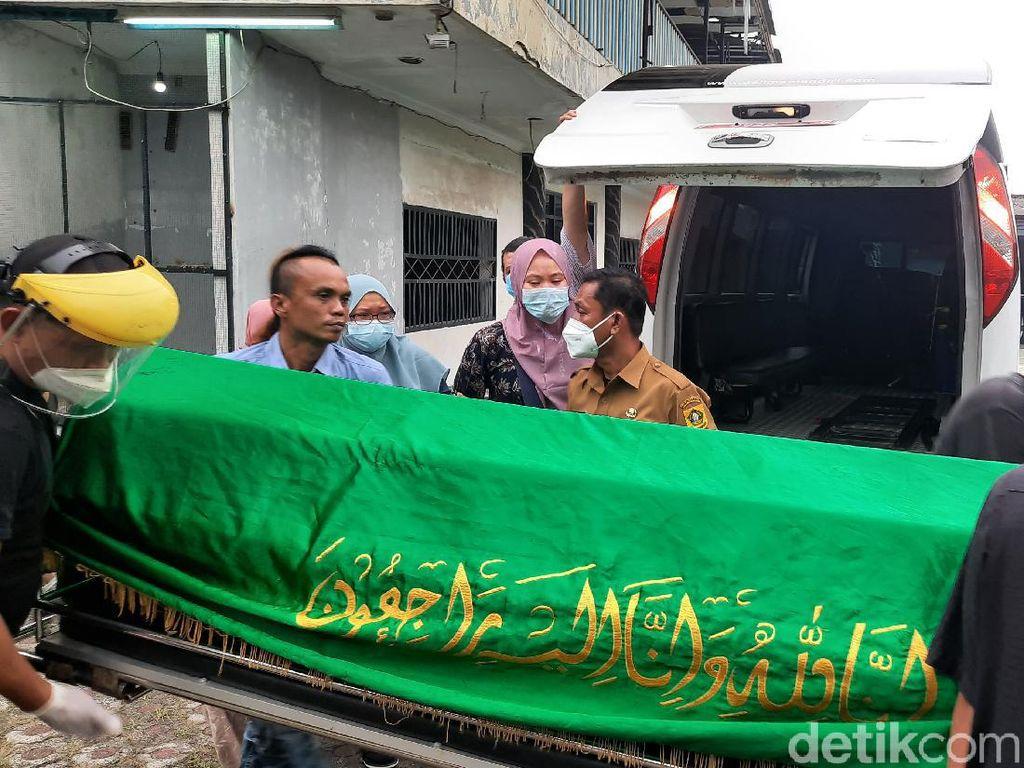 Jenazah Anton Medan Tiba di Rumah Duka di Cibinong Bogor
