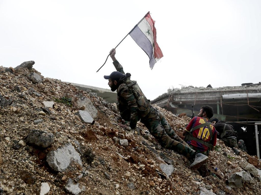 Menegangkan! Aksi Baku Tembak Suriah Vs Kurdi