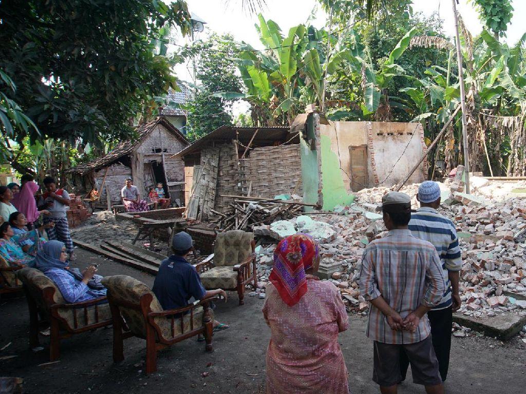 Rumah Gono Gini Dihancurkan Mantan Istri Gegara Sang Anak Tak Punya Tempat Tinggal