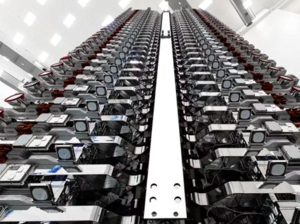 Serba-serbi Satelit Internet Elon Musk yang Ingin Kuasai Bumi
