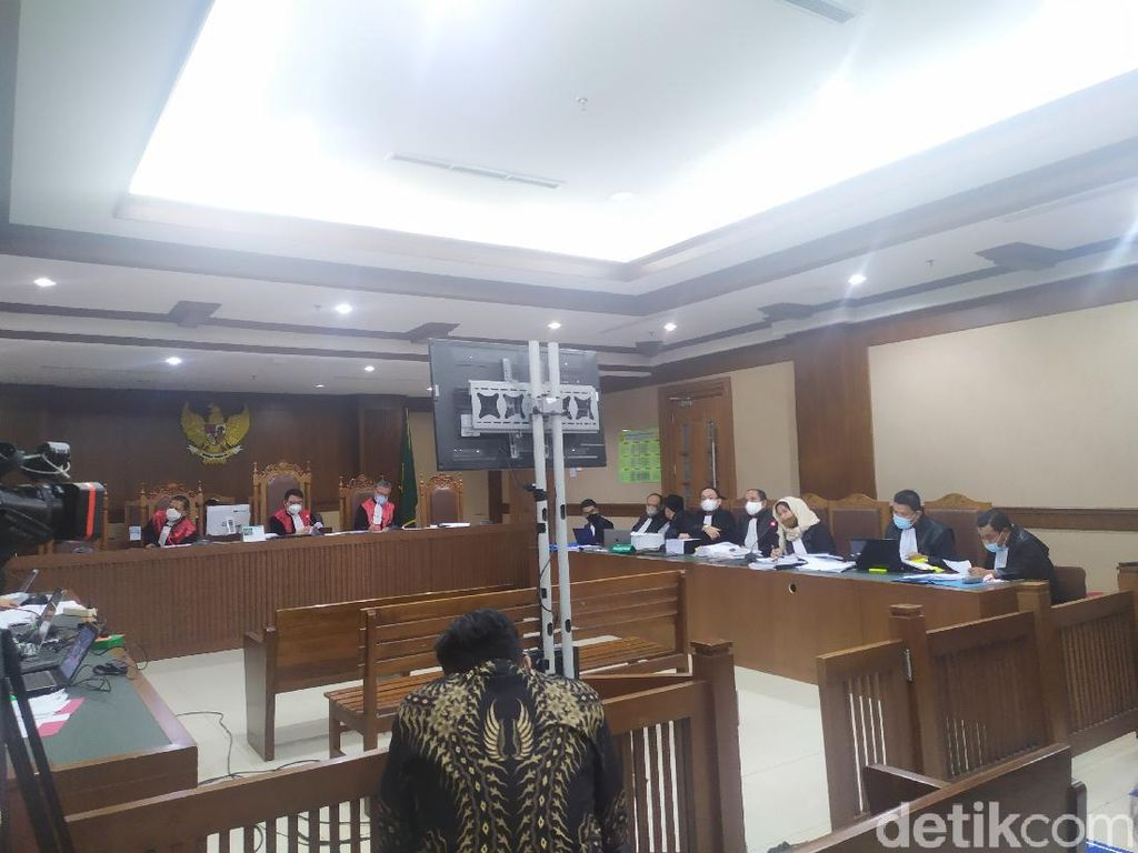 Saksi Ungkap Arahan Juliari Jika Perusahaan Tak Bayar Fee Bansos Corona
