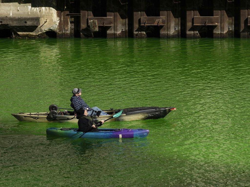 Tradisi Unik Mengubah Sungai Jadi Hijau di Chicago