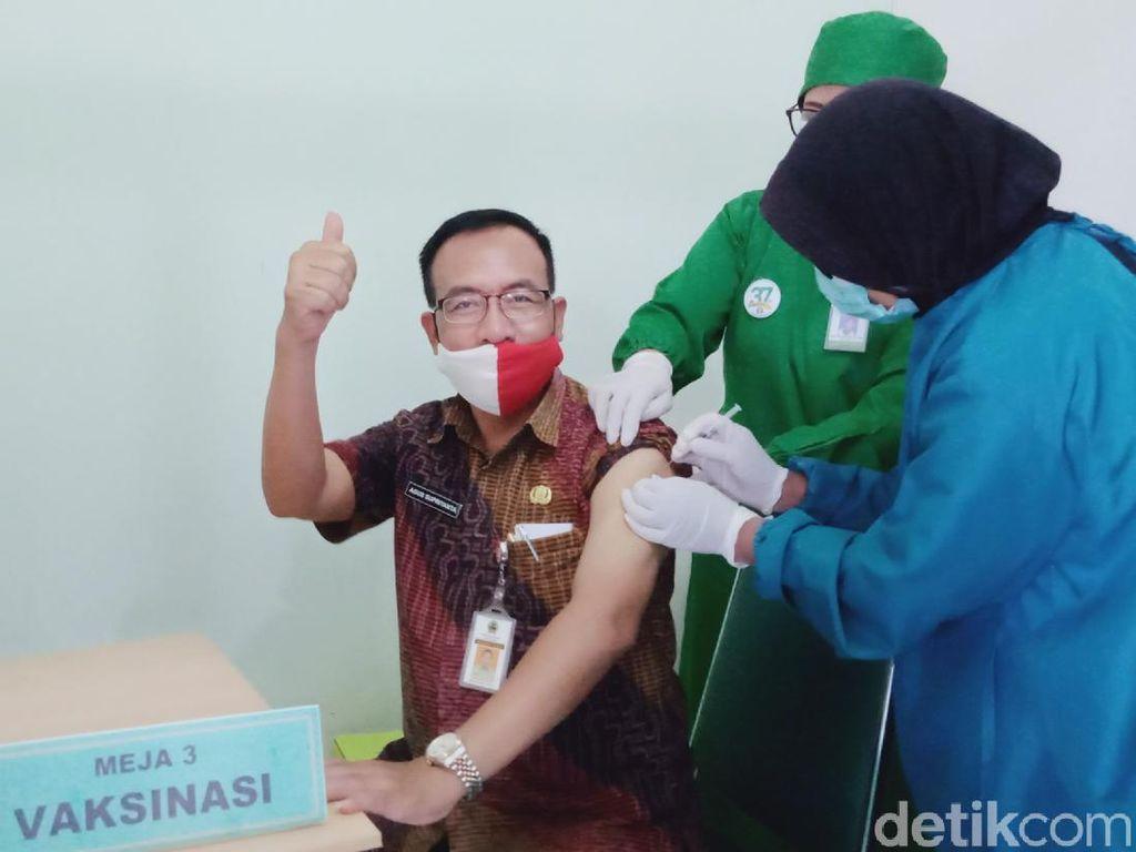 Ratusan Guru di Klaten Sudah Disuntik Vaksin Corona