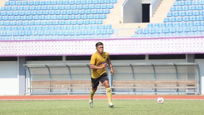 Irsyad Maulana menjadi pemain baru Persita Tangerang.