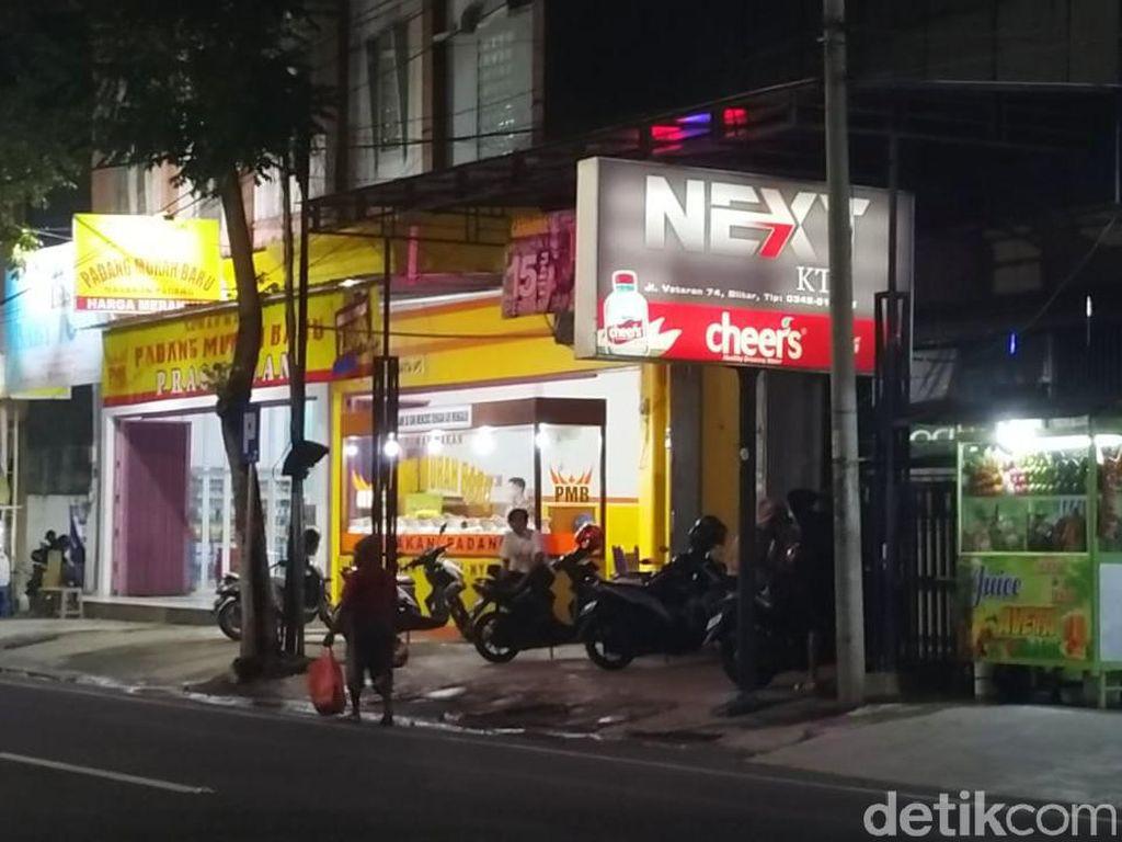 Diduga Sediakan Layanan Prostitusi, Karaoke Next KTV di Kota Blitar Digerebek