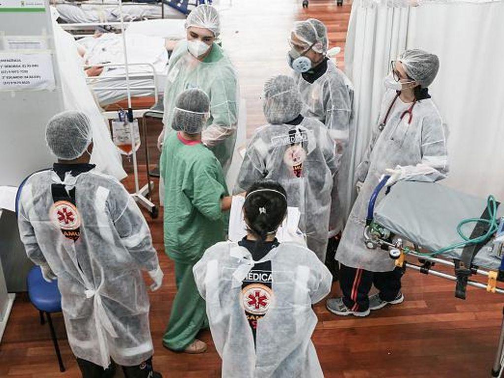 Brasil Catat 300 Ribu Kematian Akibat COVID-19