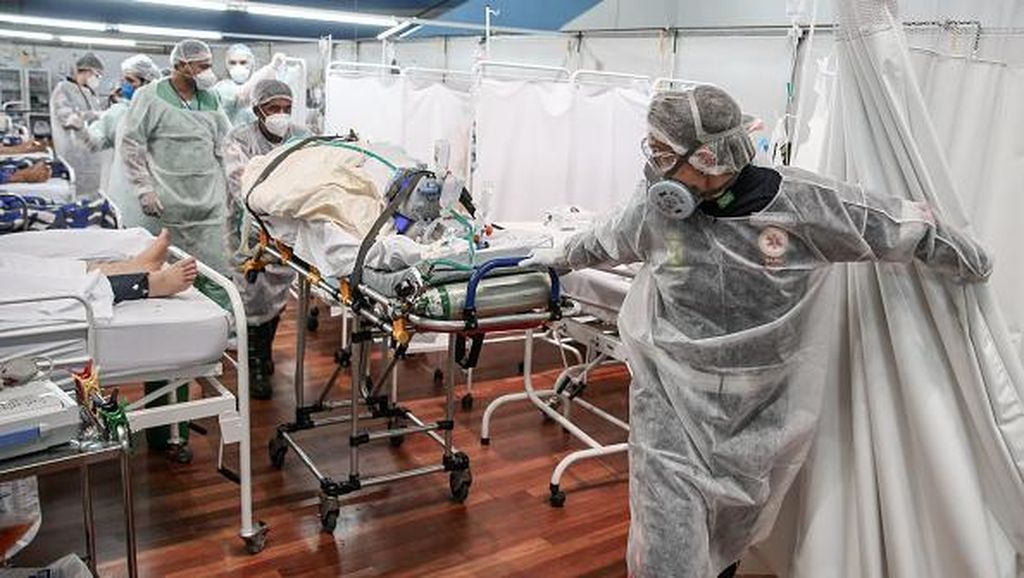 Melihat Sibuknya Nakes di RS Darurat Corona Brasil