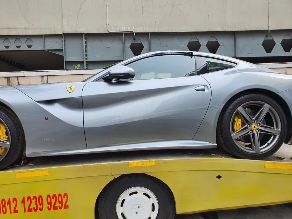 Alasan Kejagung Titip Rolls-Royce dan Ferrari Sitaan di Kantor Asabri
