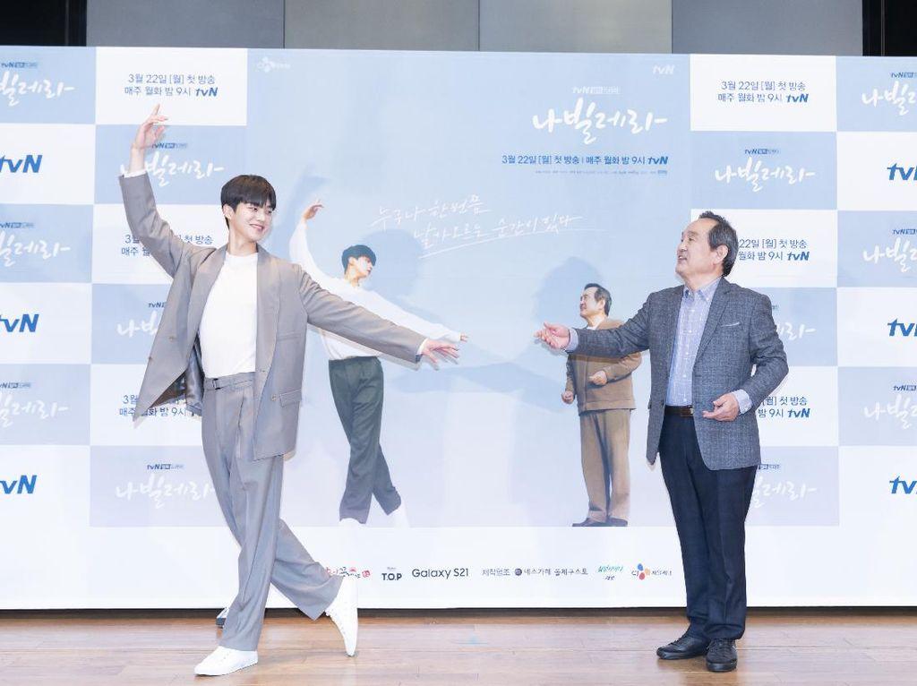 Song Kang Latihan Balet 6 Bulan sebelum Syuting Navillera