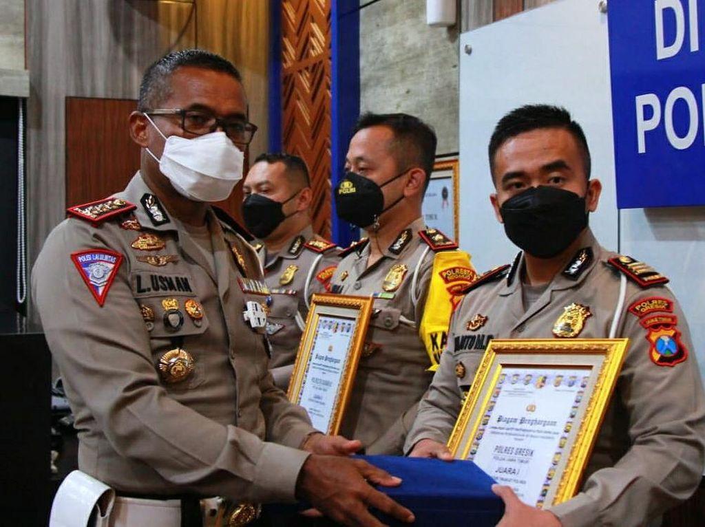Polisi Gresik Sabet Juara I Road Safety Partnership Action Korlantas Polri