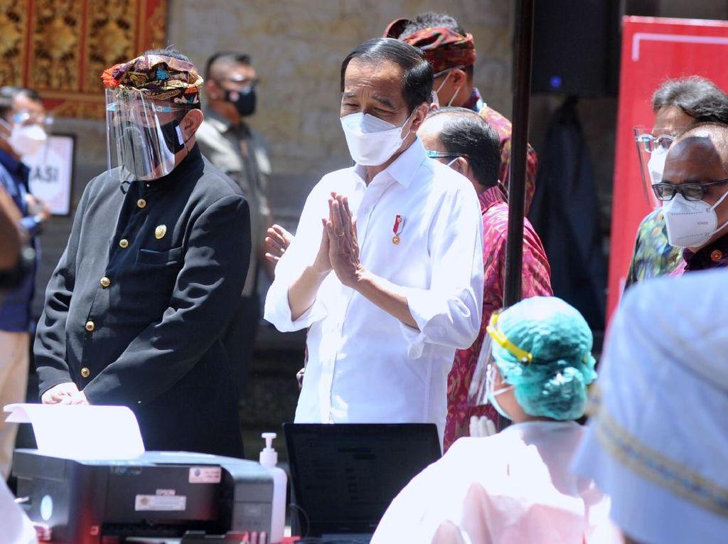 Presiden Jokowi Targetkan Pariwisata Bali Pulih di Bulan Juni atau Juli