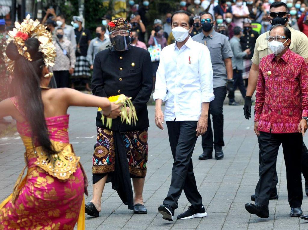 Syarat dari Jokowi Kalau Bali Mau Dibuka Penuh untuk Wisata
