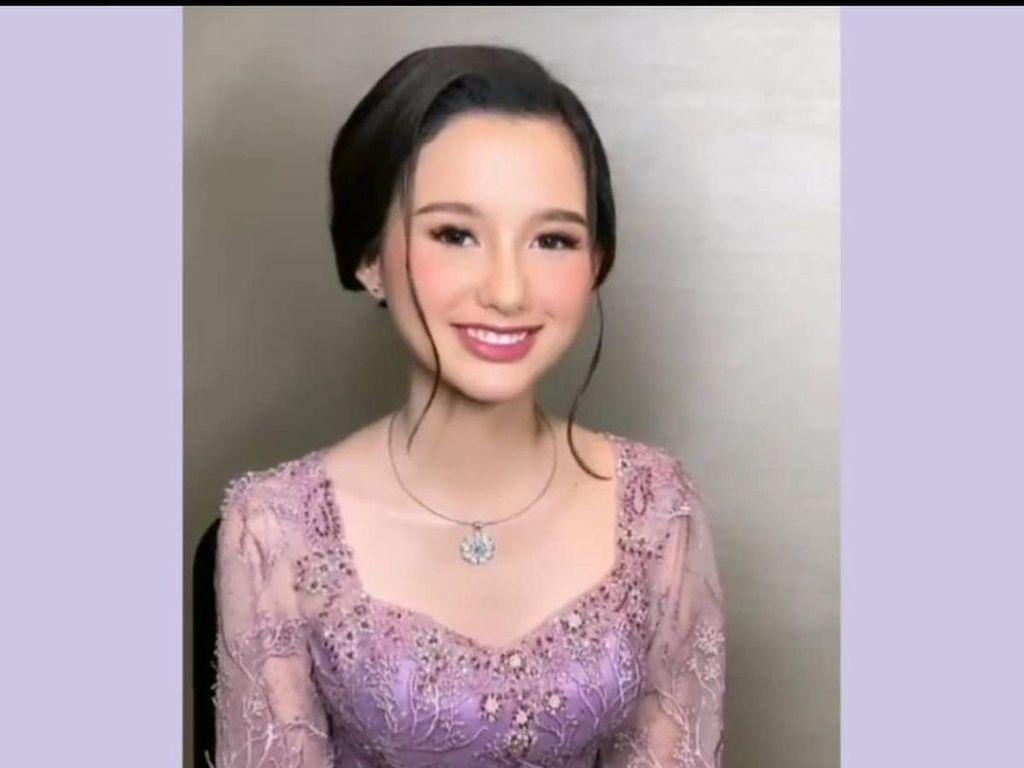 7 Gaya Cantik Sarah Menzel, Pacar Azriel saat Hadiri Lamaran Atta-Aurel