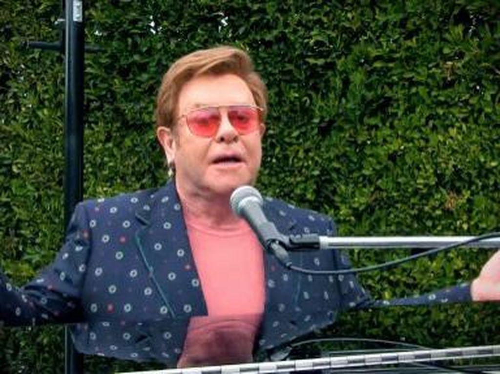 Elton John Keranjingan Permission to Dance BTS