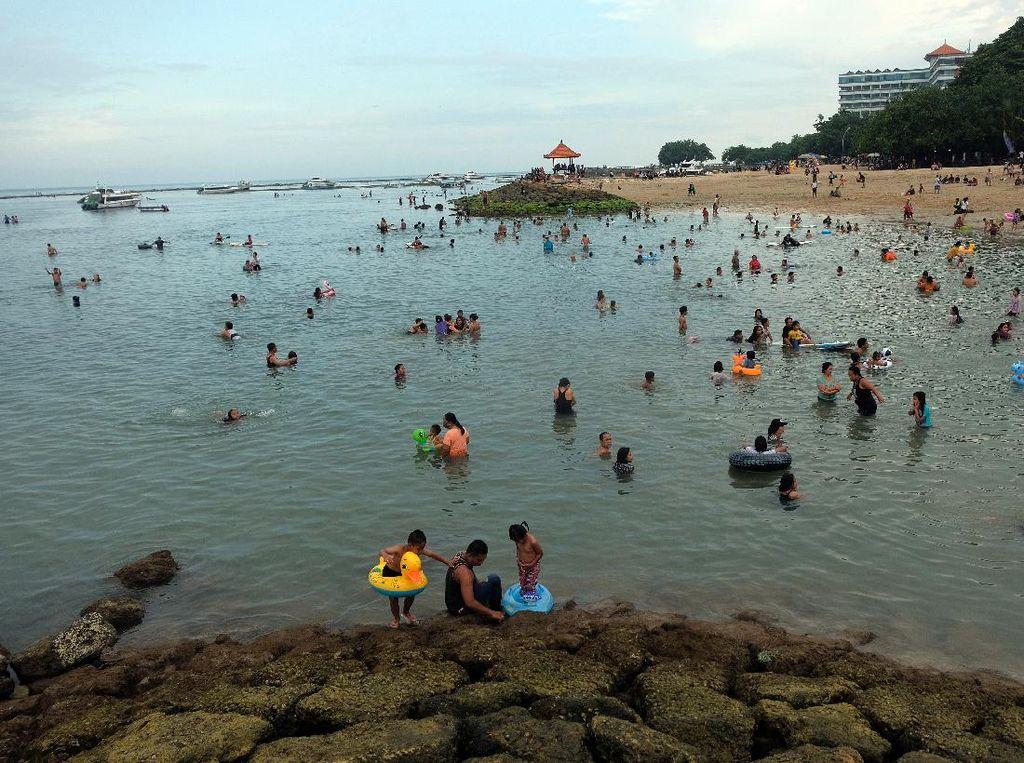 Zona Hijau, Pantai Sanur Dibuka untuk Wisatawan