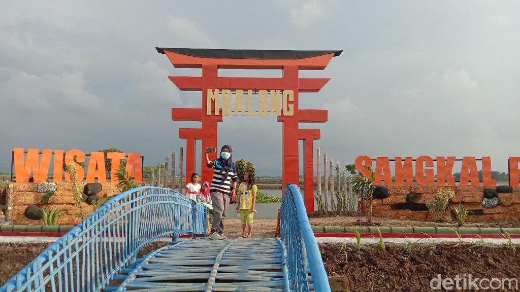 Foto: Gapura Hits ala Jepang, tapi Ada di Kudus