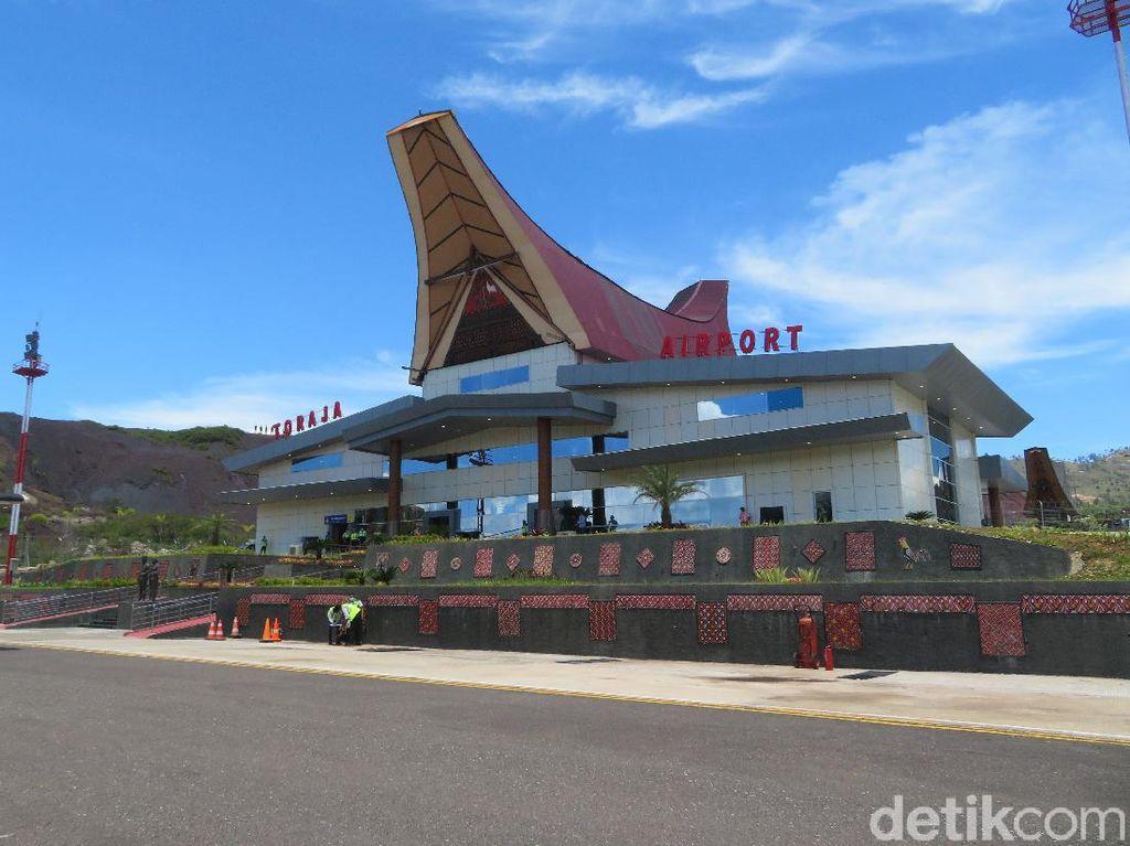 Resmikan Bandara Toraja, Jokowi Ajak Wisatawan Kunjungi Negeri di Atas Awan