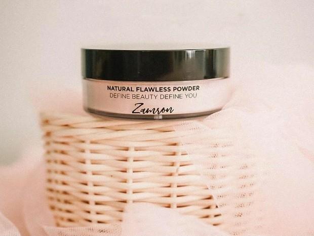 Zamron Natural Flawless Powder