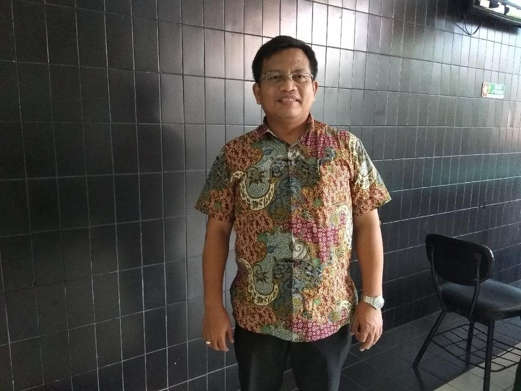 Saran Pakar Ekonomi soal Swalayan di Surabaya Sewakan Lahan Parkir