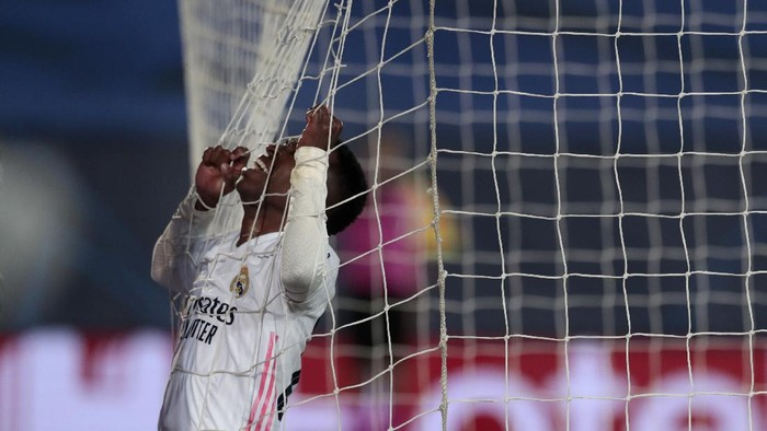Real Madrids Vinicius Junior reacts during the Champions League, round of 16, second leg soccer match between Atalanta and Real Madrid at the Alfredo di Stefano stadium in Madrid, Spain, Tuesday, March 16, 2021. (AP Photo/Bernat Armangue)
